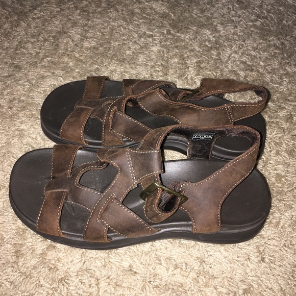 skechers sandals size 5